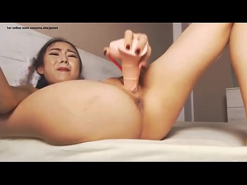 Solo pussy squirt